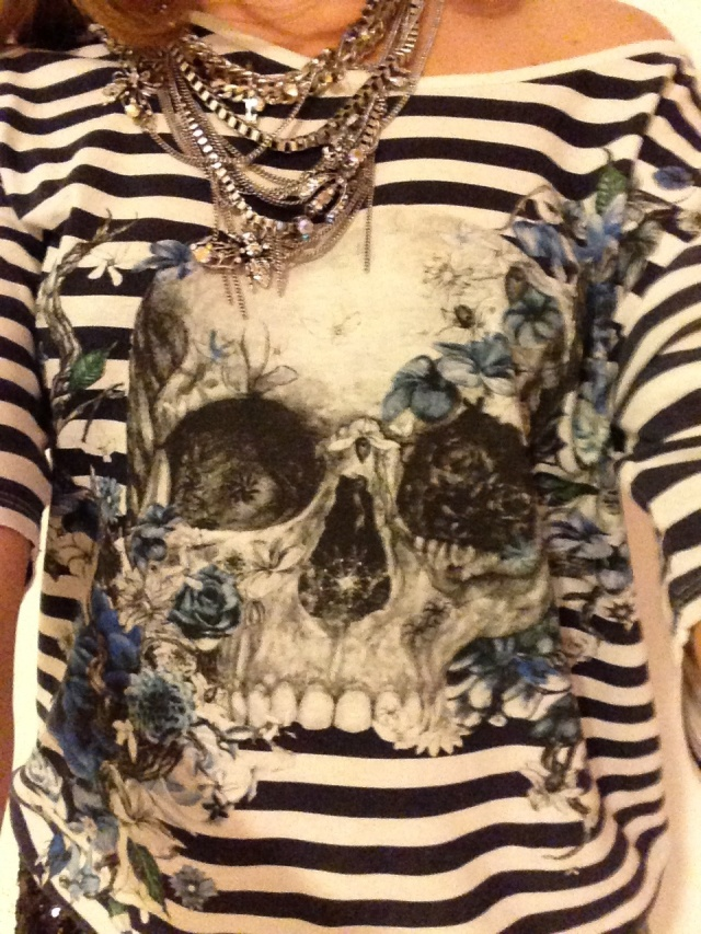 Skull print striped t-shirt