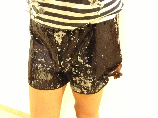 Black sequined shorts ny Clover Canyon